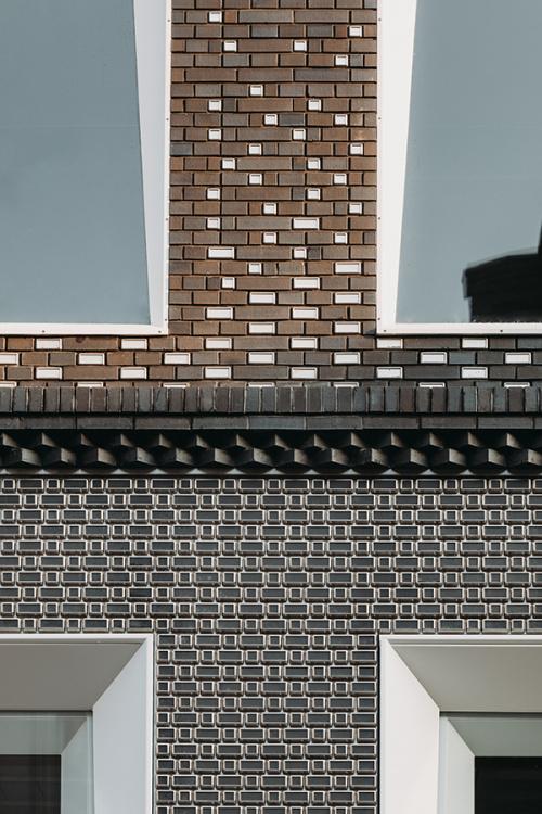 The Brick Pixelation