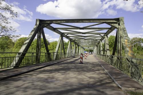 Verkeersmaatregelen Spoorbrug Onnen veranderd