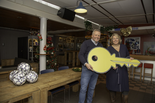 VV Helpman nu formeel eigenaar van kantine en kleedkamers