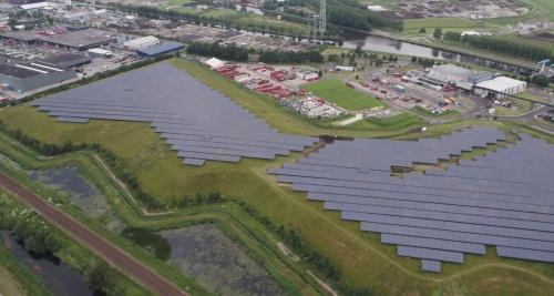 Gemeente kiest voor zonneparken in eigen beheer