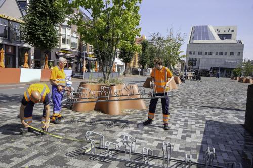 Tijdelijk fietsdepot verhuisd naar Damsterplein